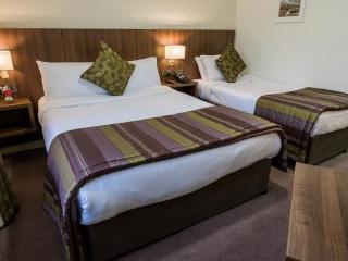 Arklow Bay Hotel bedroom Twin