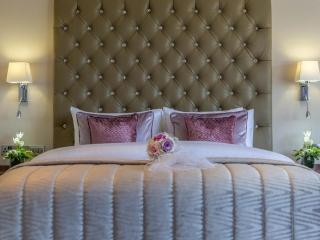 Arklow Bay Hotel bridal suite