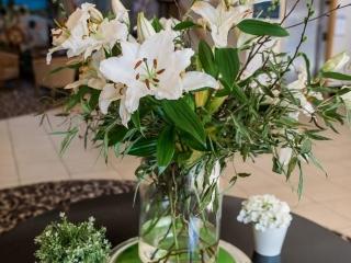 Arklow Bay Hotel lobby flowers