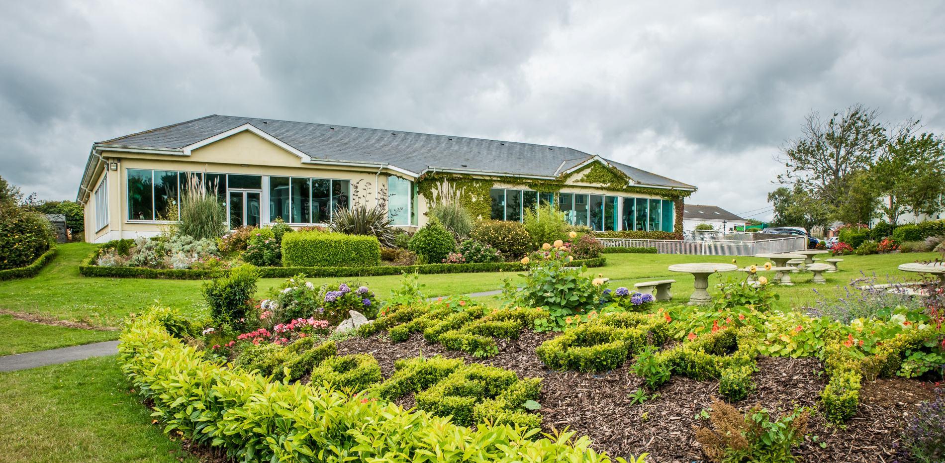 Arklow Bay Hotel Garden Image