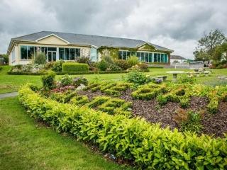 Arklow Bay Hotel Garden