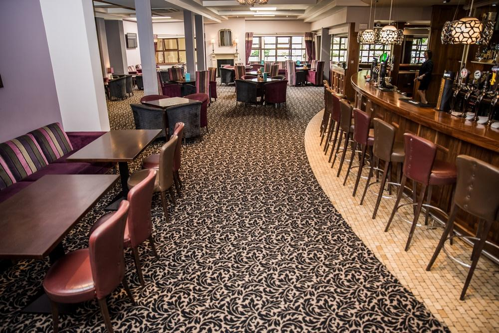 Wicklow Hotel lounge and bar